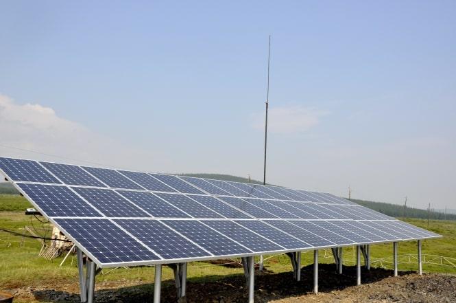 Одноосные трекеры повышают эффективность солнечной станции на 15 - 17%