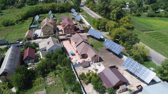 В Кировоградской области построено три СЭС с использованием солнечных трекеров